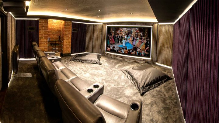 Jones Cinema Room